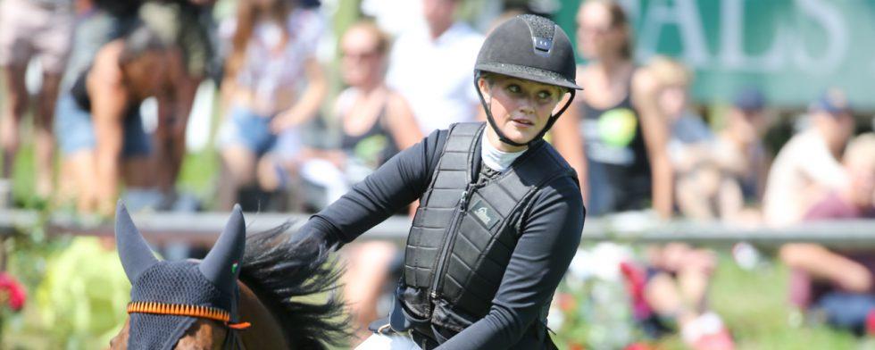 Linnea Larsdotter vann torsdagens omgång. I andra omgången fick hon ett nedslag och slutade åtta. Foto: Fredrik Jonsving