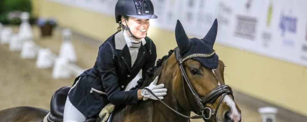 Rebecca Mauleon i glädjetårar över Athenas fina procent Foto: Kim C Lundin