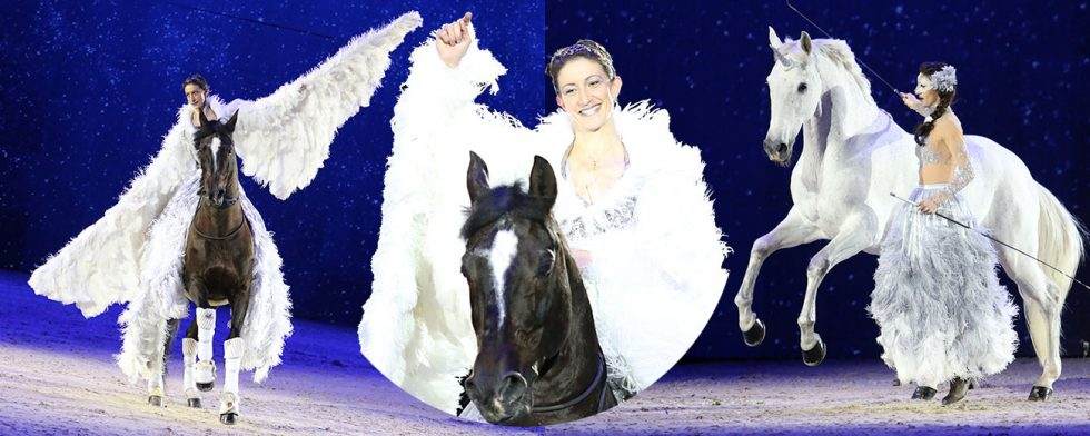 Alize Froment med sina två hästar Mistral des Coussoul och Sultan des Coussoul Foto: Kim C Lundin