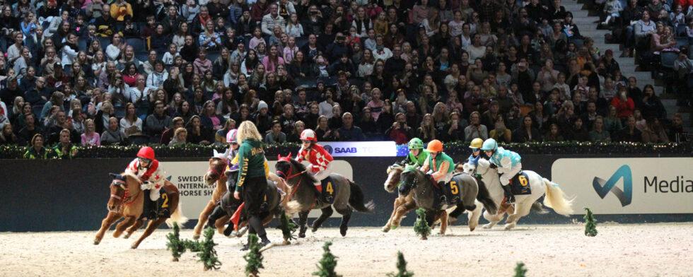 Sötast av alla, ponnygaloppen Foto: Fredrik Jonsving