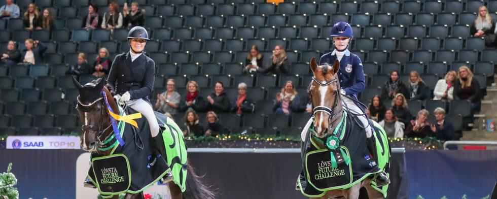 Två värdiga vinnare: Johanna Due-Boje och Isabella Tovek med sina superba ston Mazy Klövenhöj och Happiness. Foto: Fredrik Jonsving
