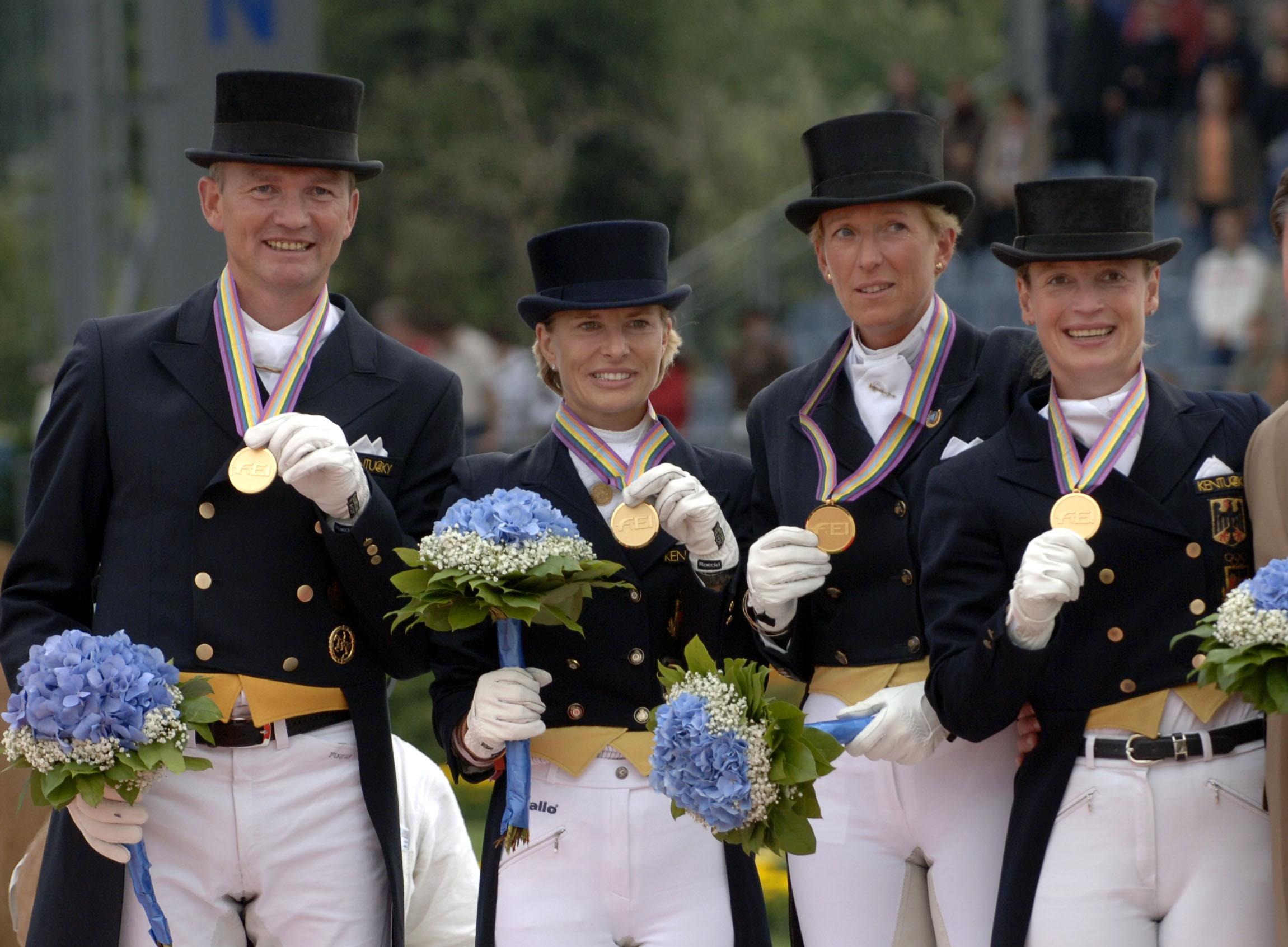 Hubertus Schmidt, Nadine Capellmann, Heike Kemmer, Isabell Werth, VM 2006 Aachen