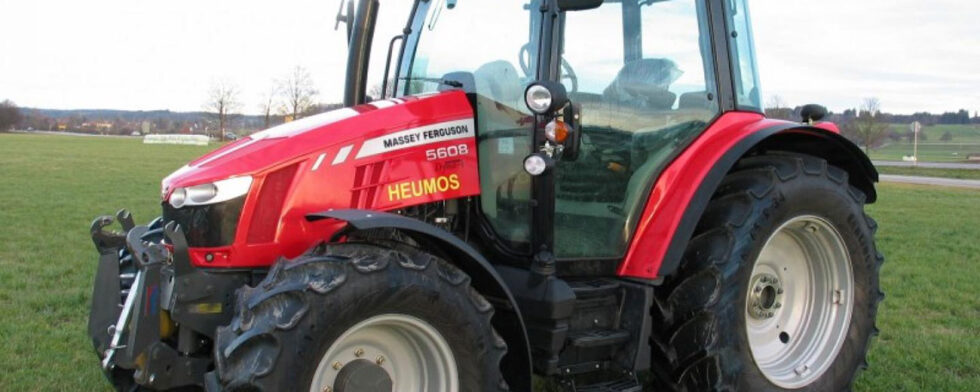 Traktor Massey Ferguson MF 5608