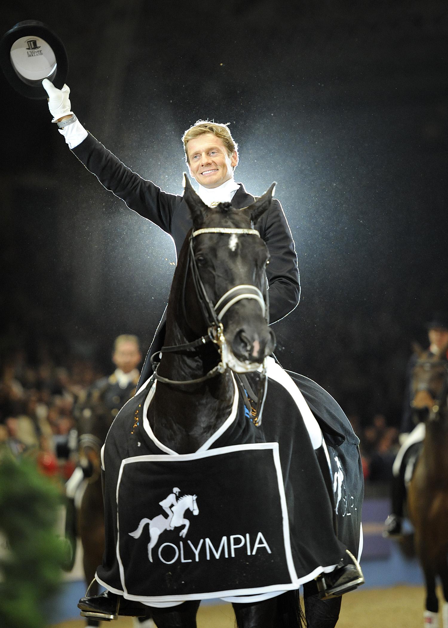 Edward Gal och Totilas vinner världscupen på Olympia i London 2009.